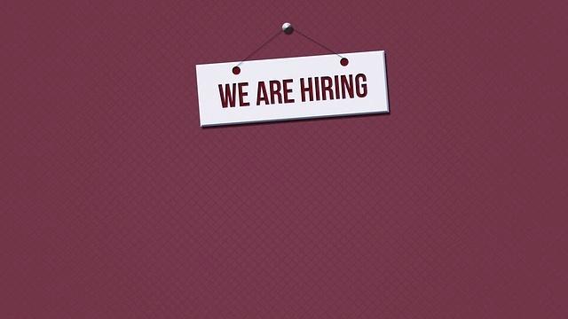 hiring-2575036_640-267442-edited
